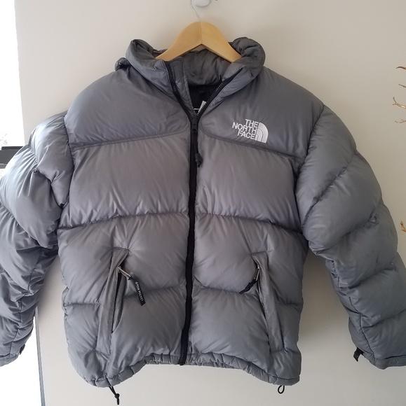 365249340 North Face medium 700 fill gray Nuptse jacket